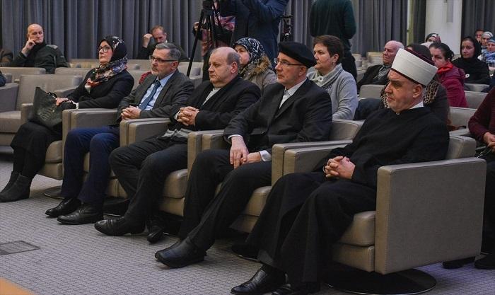 """Održana tribina """"Deset godina Rezolucije Evropskog parlamenta o genocidu u Srebrenici"""""""