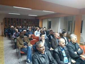 """Održana promocija knjige """"Islamska tradicija na razmeđu stoljeća"""" u Srebreniku"""